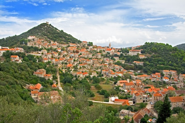 Village Lastovo